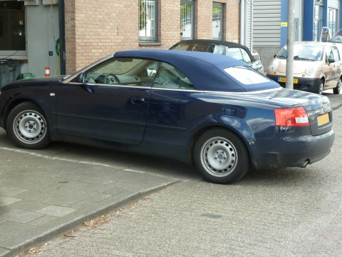 Audi A4, softtop Twillfast blauw (2)