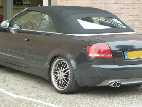 Audi A4, softtop Twillfast zwart