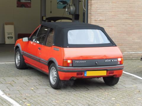 Peugeot 205 cabrio softtop Sonnenland A5 zwart (4)