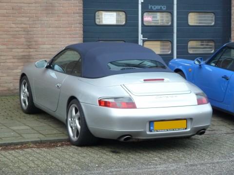 Porsche 996, softtop Sonnenland A5 blauw met glazen achterruit (1)