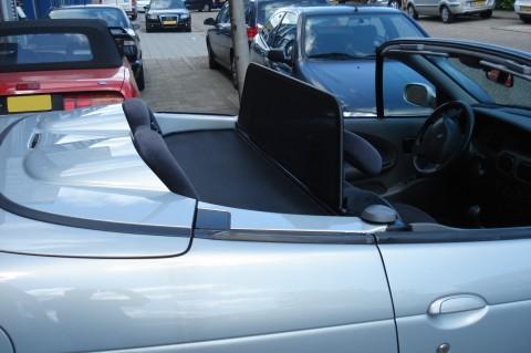 Renault Megane cabrio 1997-2003 windscherm (4)