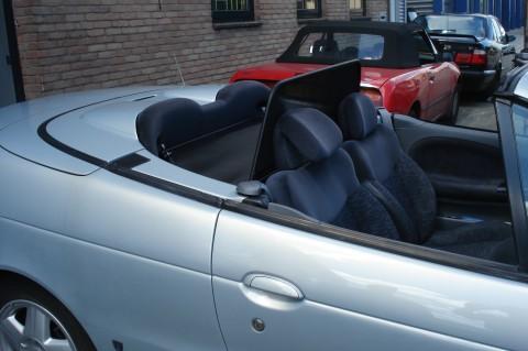 Renault Megane cabrio 1997-2003 windscherm (5)