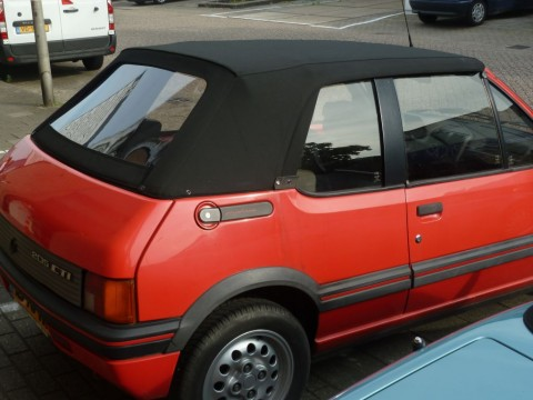 Cabriokap Peugeot 205 Sonnenland zwart
