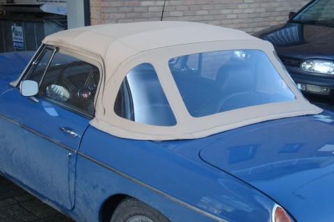 Softtop MG-B Stayfast tan 1971-1976