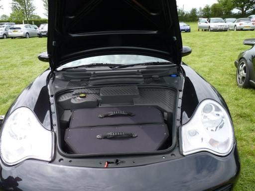 Kofferset Porsche 996 voorzijde 2delig