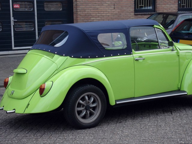 VW Kever, softtop Sonnenland A5 blauw voor SkyRadio