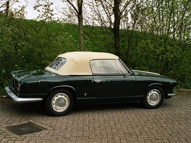 Lancia Flavia Cabriolet, cabriokap Sonnenland Classic beige