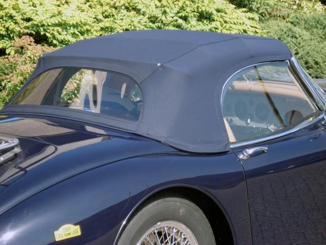 Jaguar XK150 Roadster, softtop Sonnenland Classic blauw, met speciale details