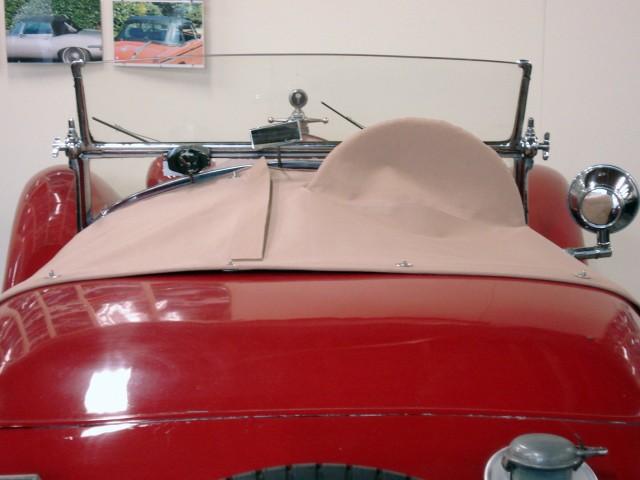 Alfa Romeo 1750 tonneau oude Italiaanse stof