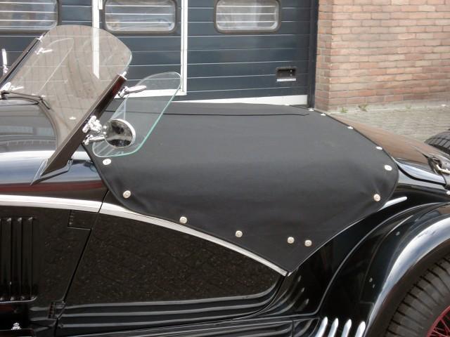 Alfa Romeo 1750 tonneau Sonnenland Classic zwart