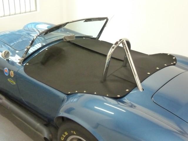 AC Cobra, tonneau van Sonnenland Classic zwart