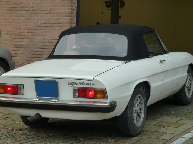 Alfa Romeo Spider / softtop Sonnenland A5 zwart