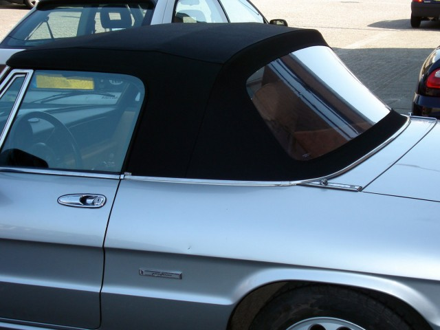 Alfa Romeo spider fastback / Softtop stof zwart