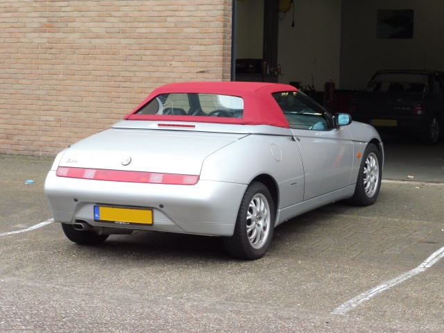 Alfa Romeo 916 softtop Sonnenland A5 rood (1)