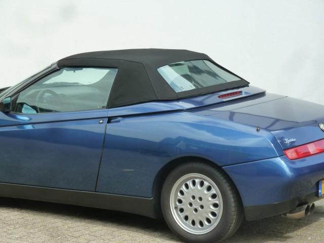 Alfa Romeo 916, softtop Stayfast zwart (1)