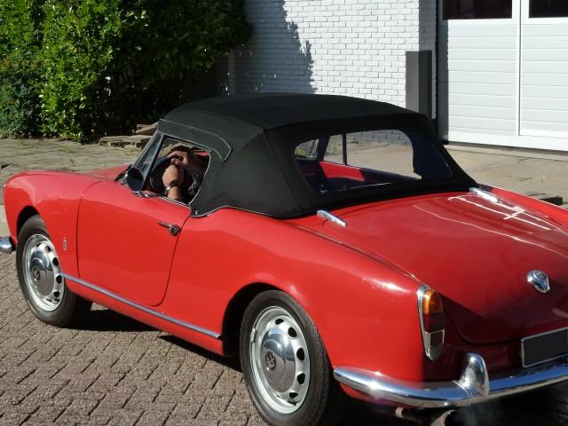Alfa Romeo Giuletta Spider softtop, Sonnenland Classic  (5)