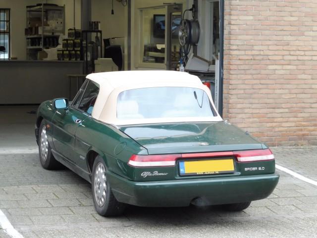 Alfa Romeo Spider, softtop Sonnenland A5 beige