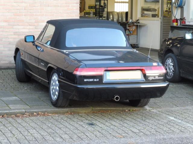 Alfa Romeo Spider softtop Sonnenland A5 zwart (1)