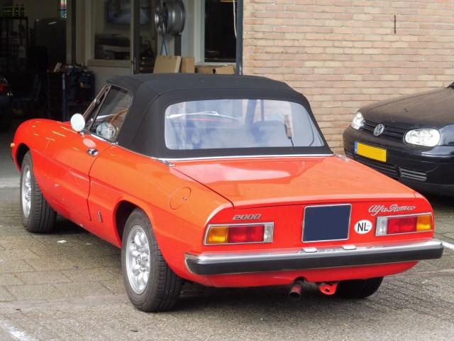 Alfa Romeo Spider softtop Sonnenland A5 zwart (9)