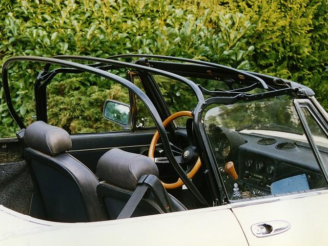 Alfa Romeo Spider, softtop kaal frame na poedercoaten (2)
