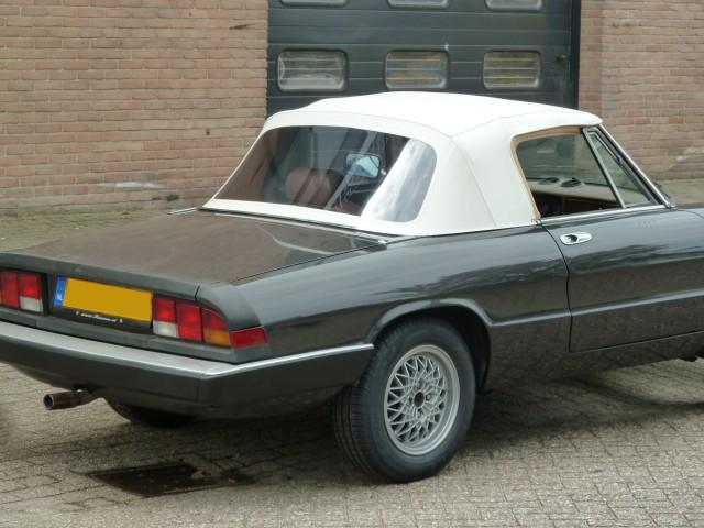 Alfa Romeo Spider, softtop stayfast beige
