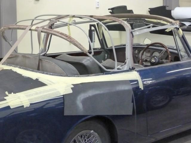 Alvis TE21 Drophead Coupe / cabriokapframe gepoedercoat en delen verchroomd