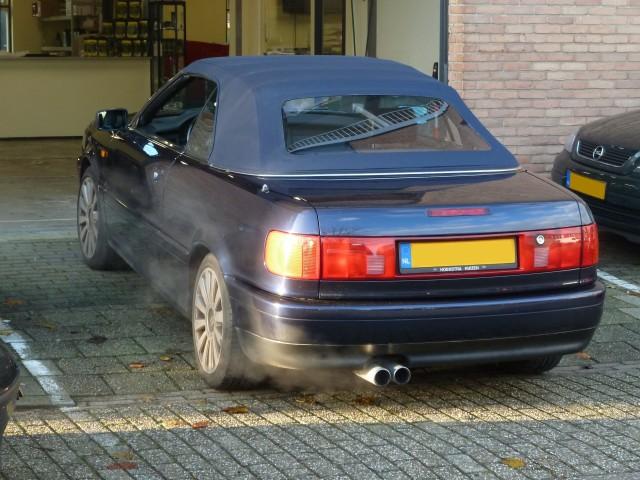 Audi Cabrio, softtop Twillfast blauw (3)