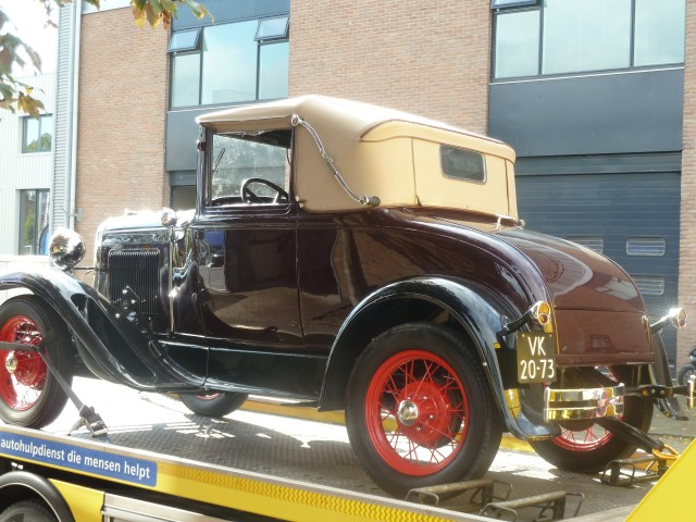 Ford model A, 1929, softtop Stayfast beige