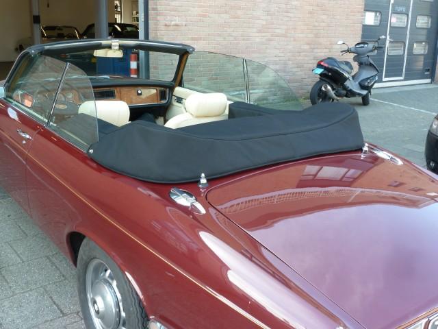 Jaguar XJ12, '77, kaphoes tailormade Sonnenland Classic zwart (11)