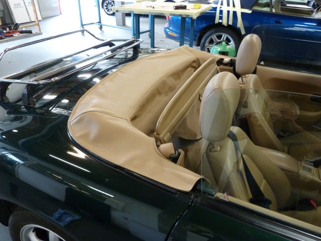 MazdaMX5 NB kaphoes vinyl beige