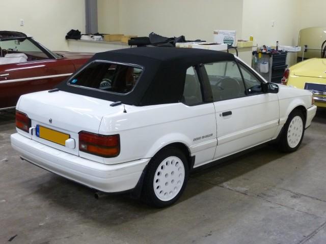 Mazda 323 cabriolet, softtop tailor-made van Sonnenland A5 zwart (3)