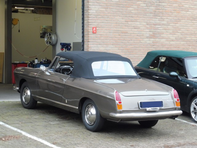 Peugeot 404 Cabriolet, cabriokap tailor-made Sonnenland Classic