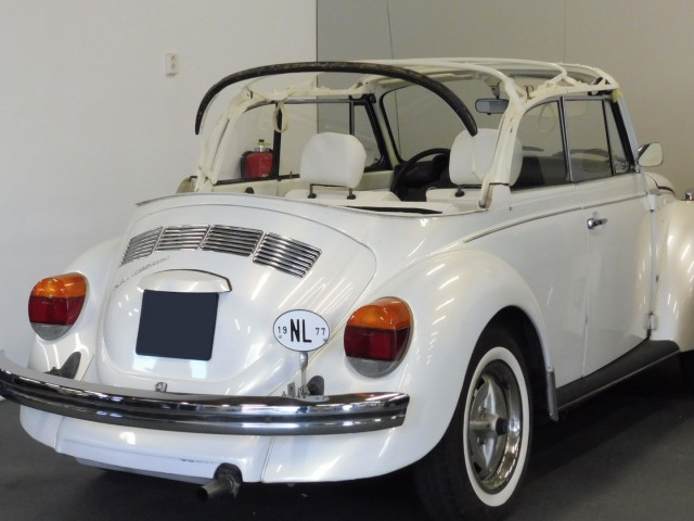 VW Kever 1303 Triple White cabriokapframe
